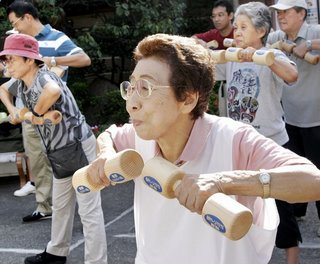 old-people-working-out-720871
